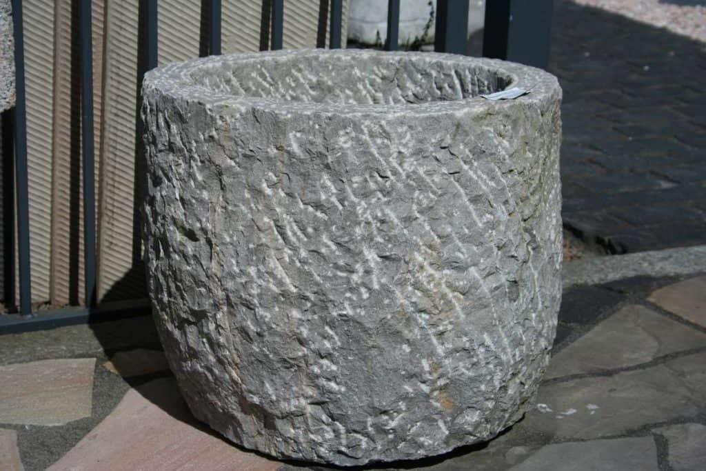 Pflanztrog Kalkstein rund grau, Antriktrog