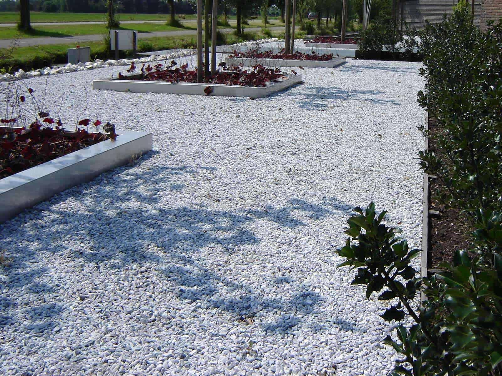 Moderne Splittfläche mit Icy Blue