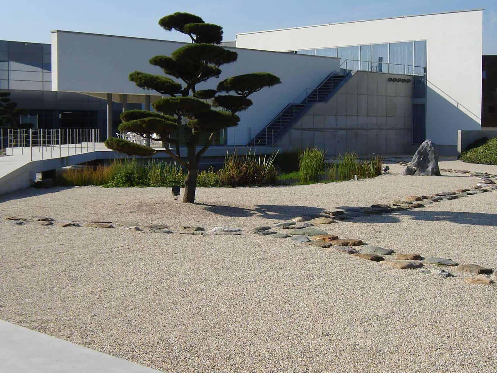 Asia Garten Modern