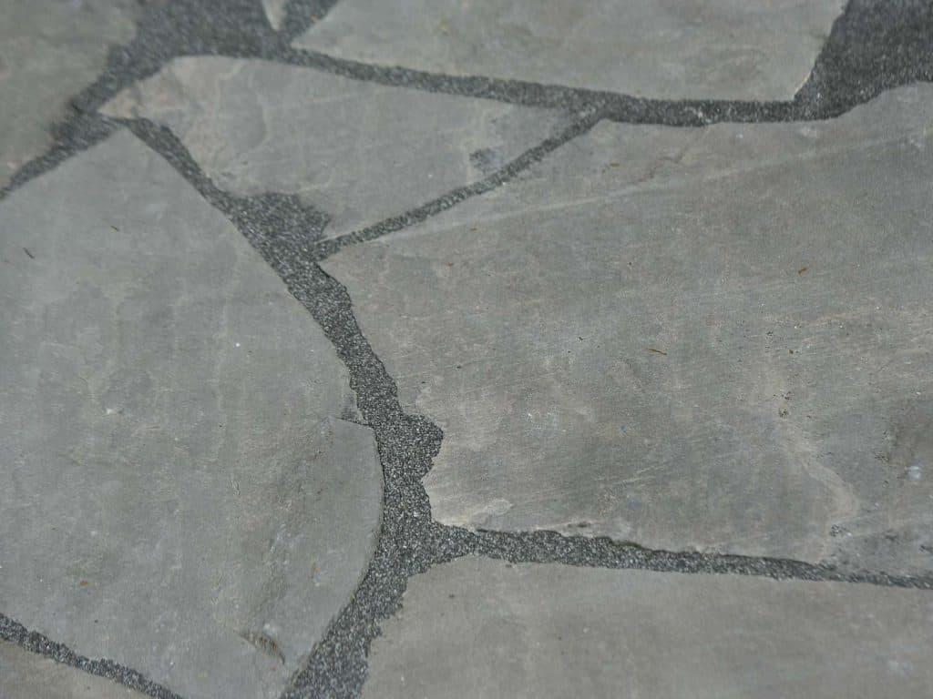Polygonalplatte Kalahari Black