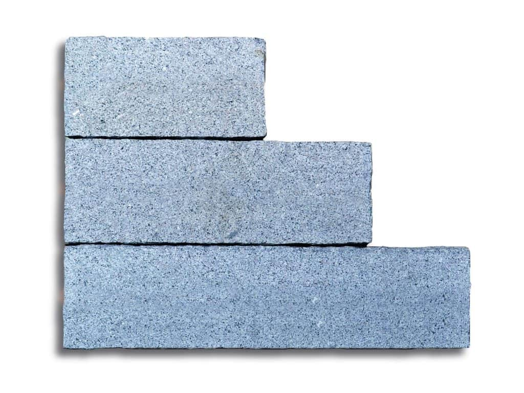 Granitstele Kristall Elegant gesägt/gestockt