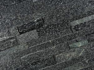 Naturstein Verblender Quarzit black