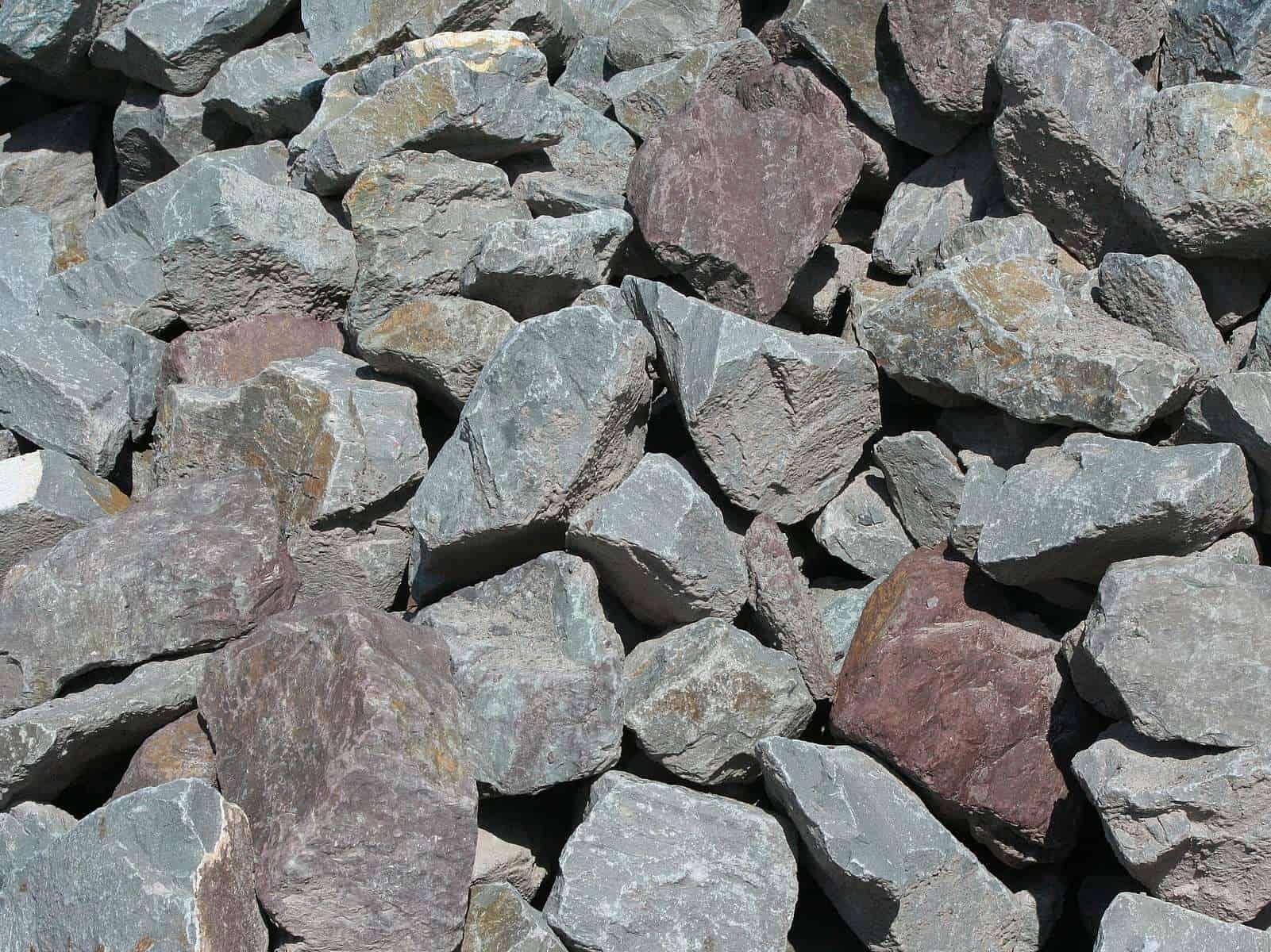 Grauwacke Trockenmauer Bruchsteine 5-40cm