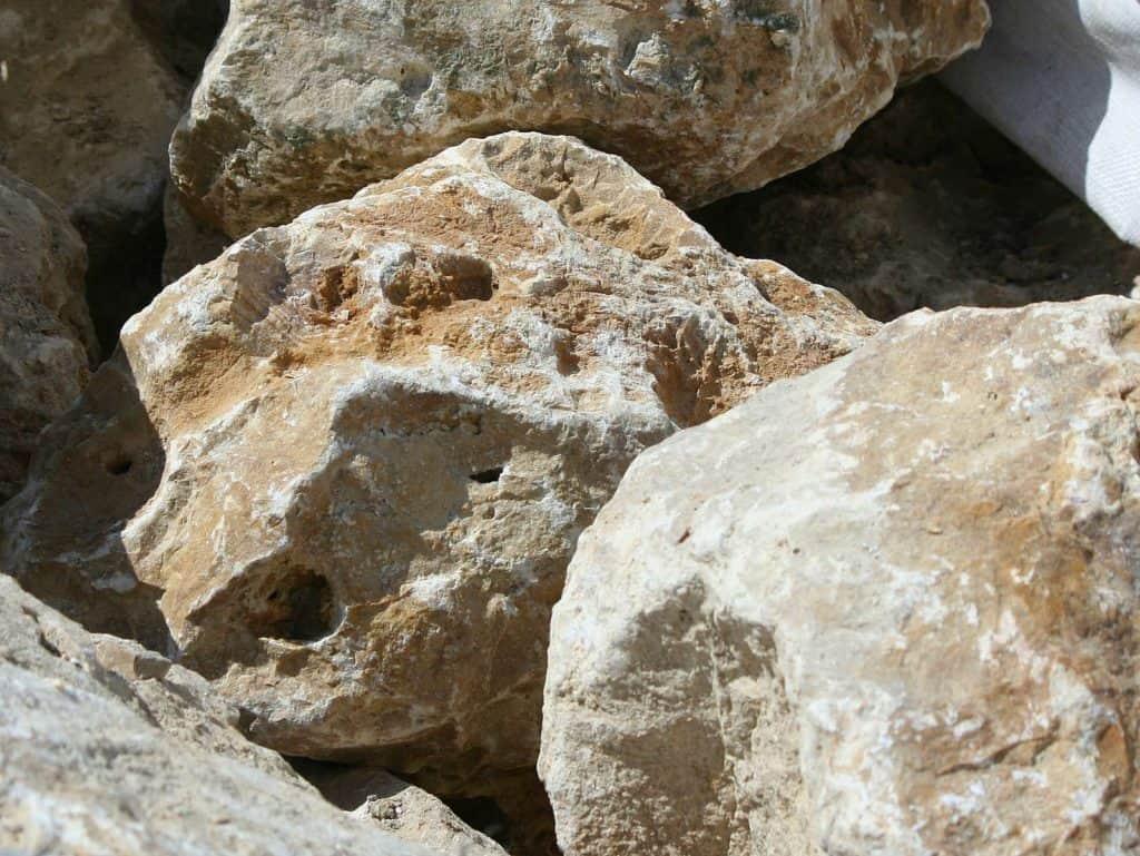 Trockenmauerstein Jura Kalkstein