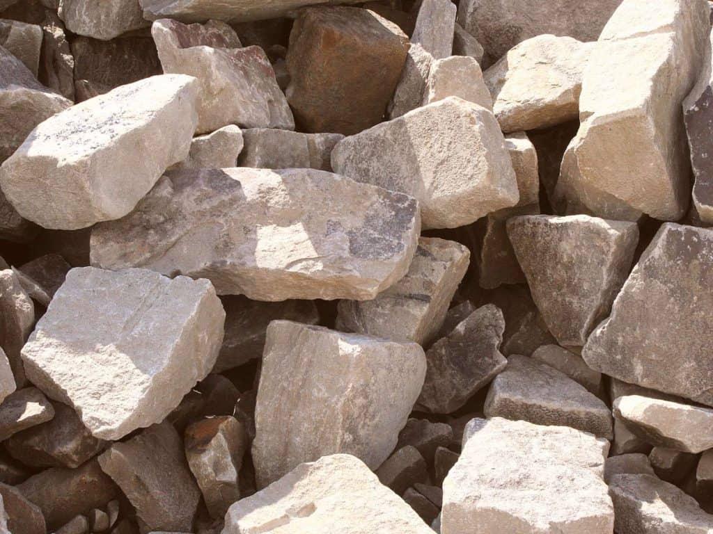 Ruhrsandstein Trockenmauer Bruchsteine INB