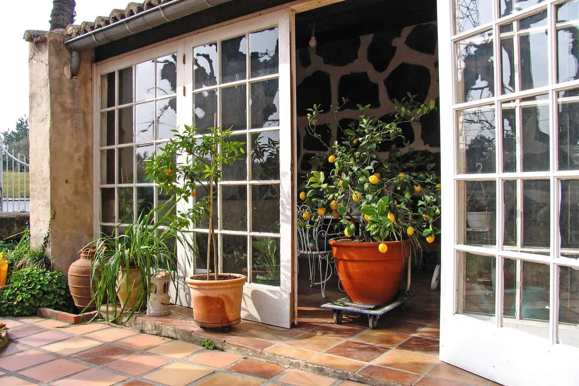 terrassenplatten aus hochwertigem naturstein. Black Bedroom Furniture Sets. Home Design Ideas